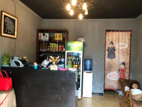 花溪餐饮店房东直租无转让费,设备齐全