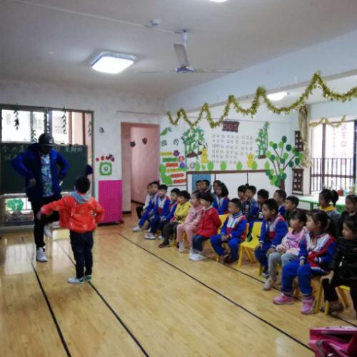 花果园J区成熟幼儿园转让证照齐全