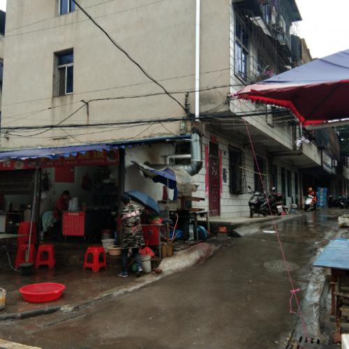 江夏纸坊大街300平米中餐馆转让转租