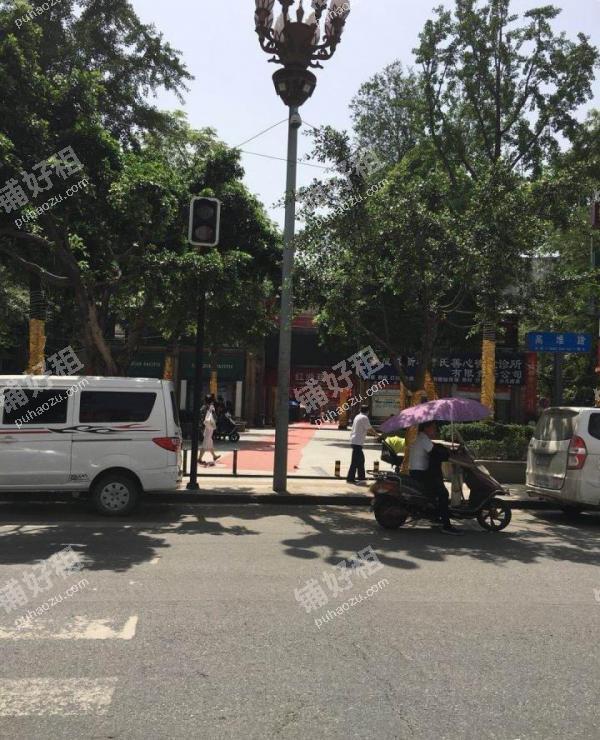 大丰晓初滨河路79平米童装店出租