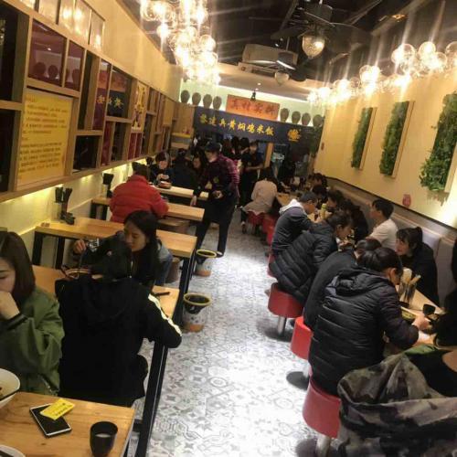 南屏街西口盈利品牌小吃店优转机不可失