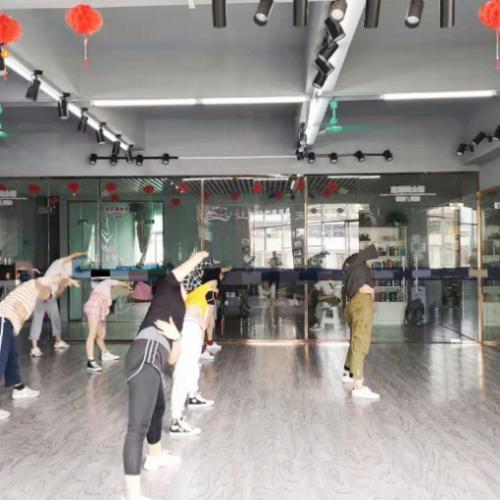 大沙田盈利中舞蹈培训中心带生源转让