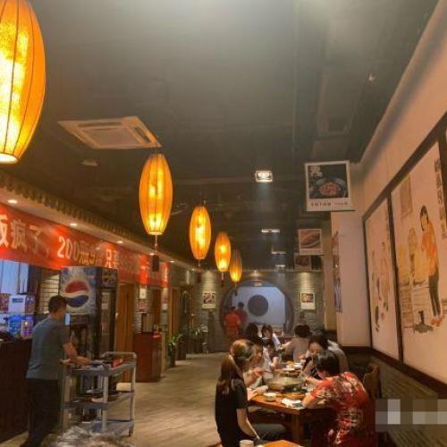 临街纯一层盈利中餐厅诚心转