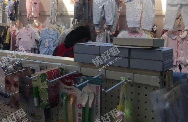 十里铺广安路65平米服装店转让