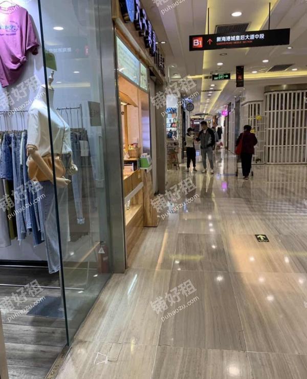 小寨12平米服装店出租