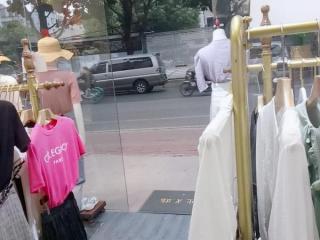 广州大道南敦和路45平米服装店转让