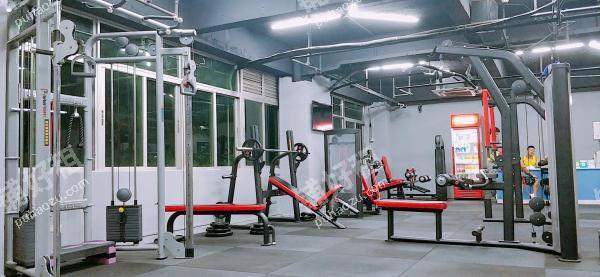 337平米健身房转让
