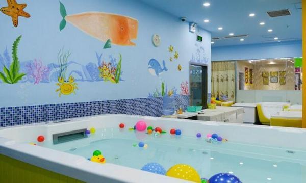天河区200平米方婴儿游泳馆转让