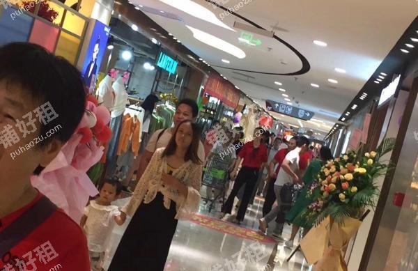 12000平米服装店出租