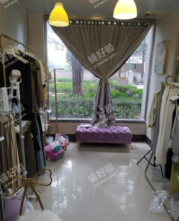 南浦新河路15平米服装店出租