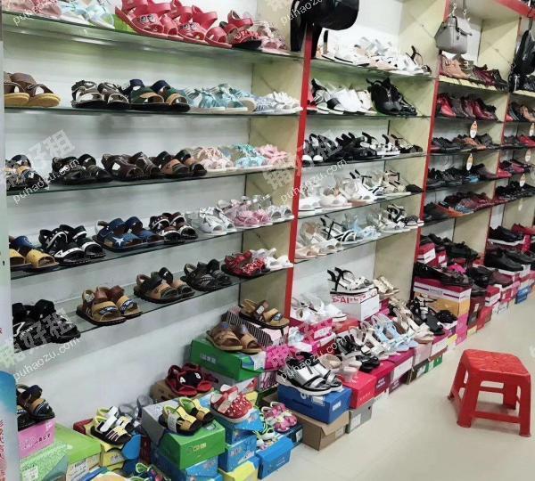 144平米鞋店转让
