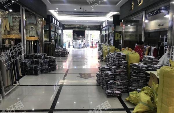 新塘66平米服装店出租