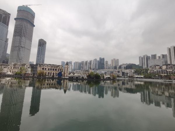 未来方舟沿河商业街龙头位置旺铺房东直租