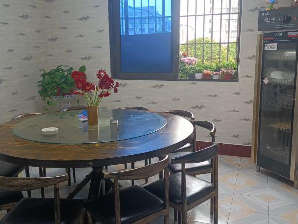 长沙县金茂路148平米私房菜馆转让