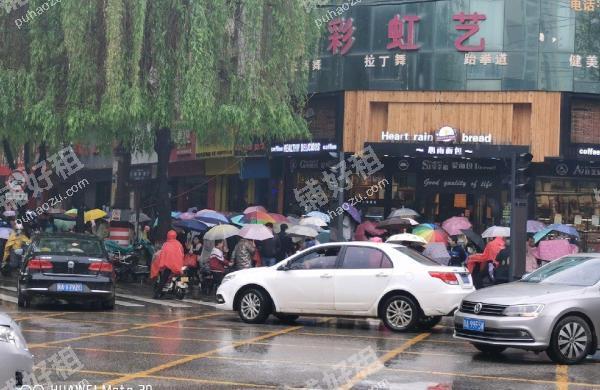 长安广场青年北街45.6平米休闲娱乐转让