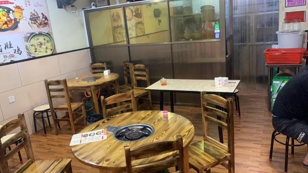白云区南社街48平米小吃快餐店转让