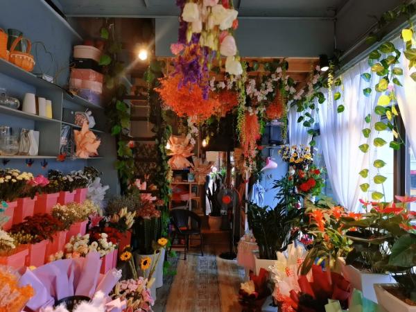 南湖新区云景世家经营多年花店转让