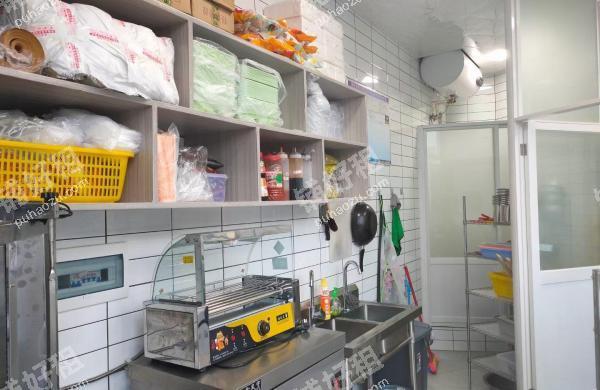 金阳医院奥兴路20平米小吃快餐店转让
