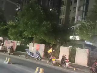 金阳医院龙耀路70平米转让