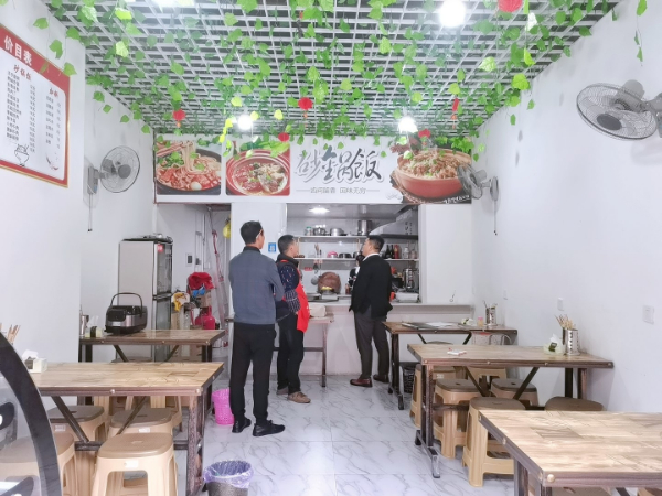 白云区沙文科技园盈利餐馆转让